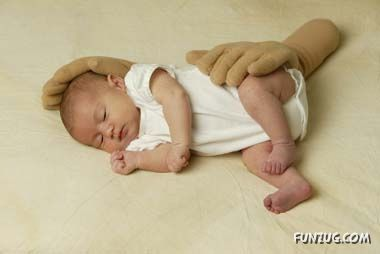 The Zaky is an ergonomic infant pillow designed by a mom to mimic the size, weight, touch, and feel of her hand and forearm to help her baby with comfort, support, protection, and development. The Zaky can help calm your baby and help your baby sleep better through the night.