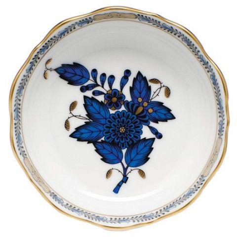 "Chinese Bqt Black Sapphire Mini Scalloped Dish 3.25""L X 0   Gracious Style"