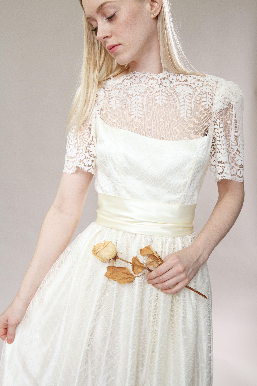 vintage 1980s wedding dress ivory white 70s 80s wedding