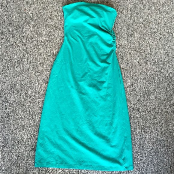 Strapless Victoria's Secret bra top dress. Pretty teal/turquoise color (darker in person). Great quality with a small side gather. Victoria's Secret Dresses Strapless