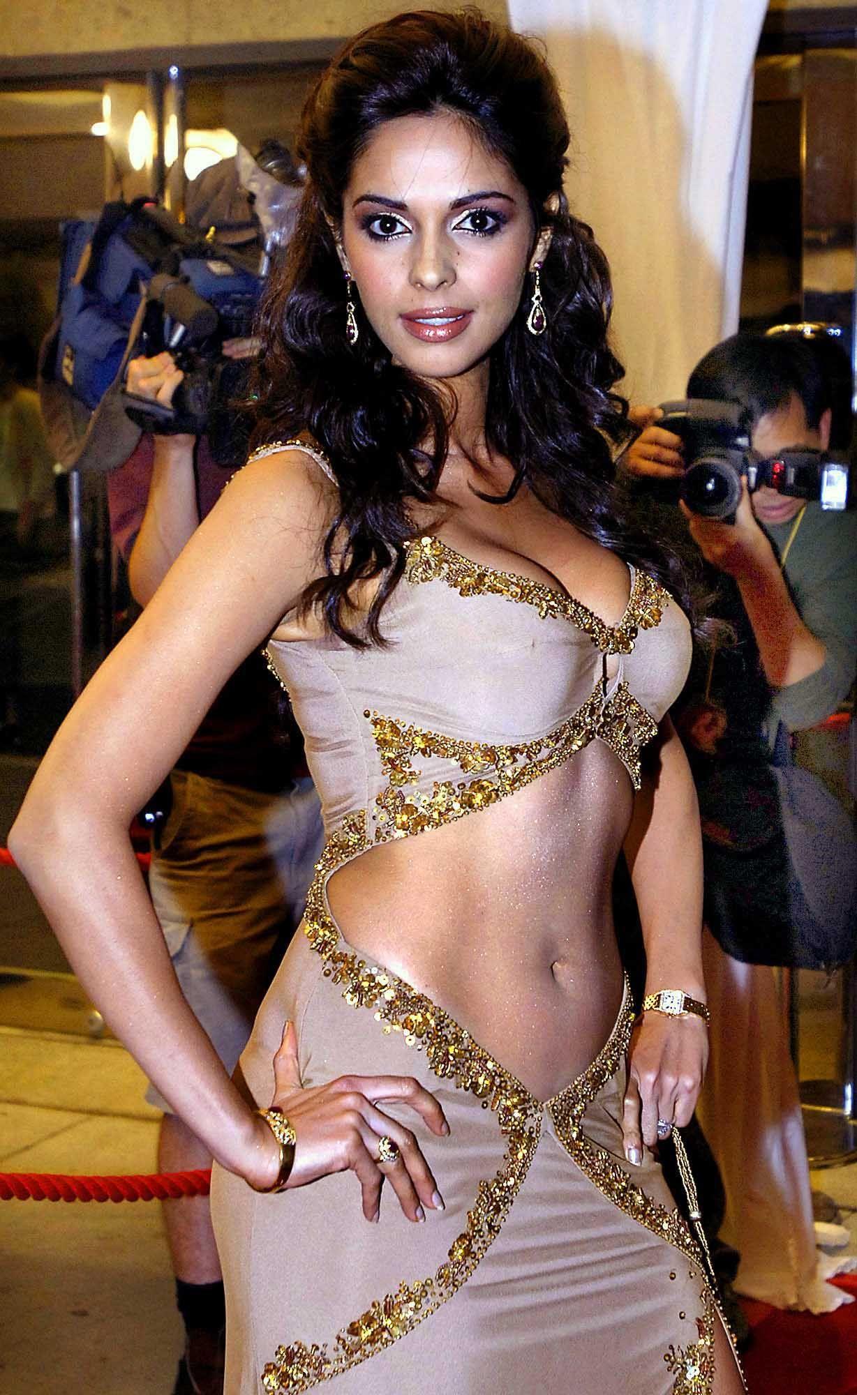 Sexy photos of malika sherawat