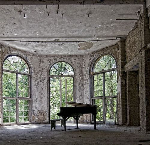 Abandoned piano room love of music musical images for Classic house piano