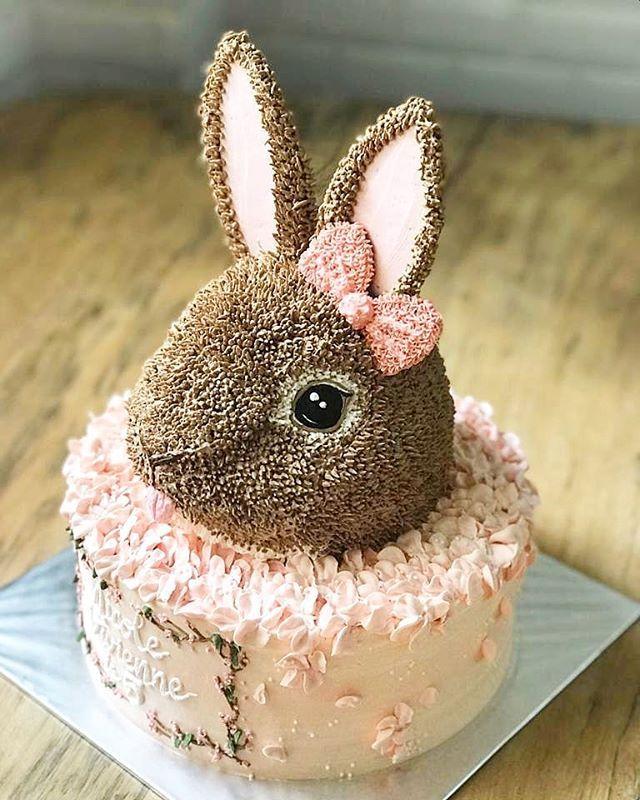 Birthday Cake Bandung : birthday, bandung, Buttercream, #buttercreamcake, #buttercreamflowers, #bandung, #bandungcake, #bandungjuara, #birthdaycake, #birthday, Cinderella, Birthday, Cake,, Rabbit, Bunny