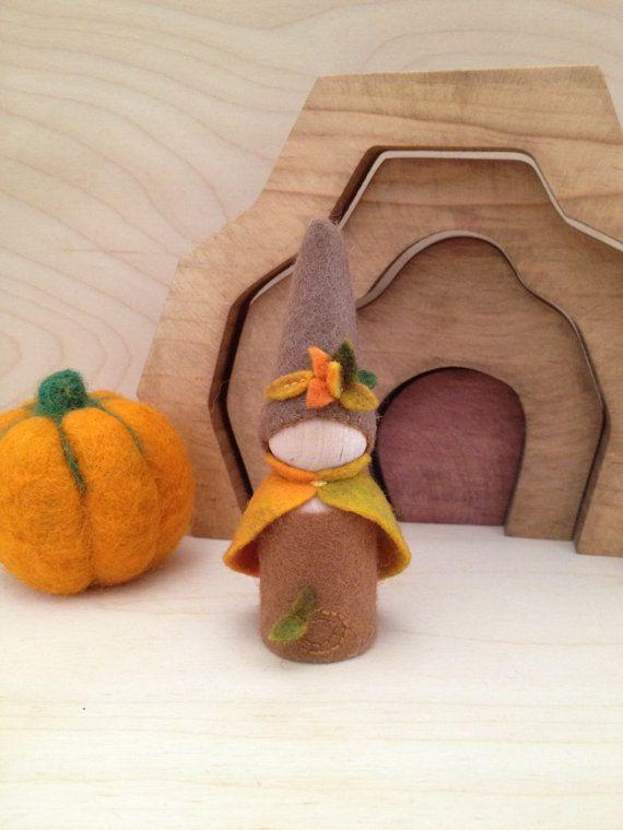 Wooden Peg Gnome  Autumn Fall Harvest Halloween by SepAndAug, €6.38
