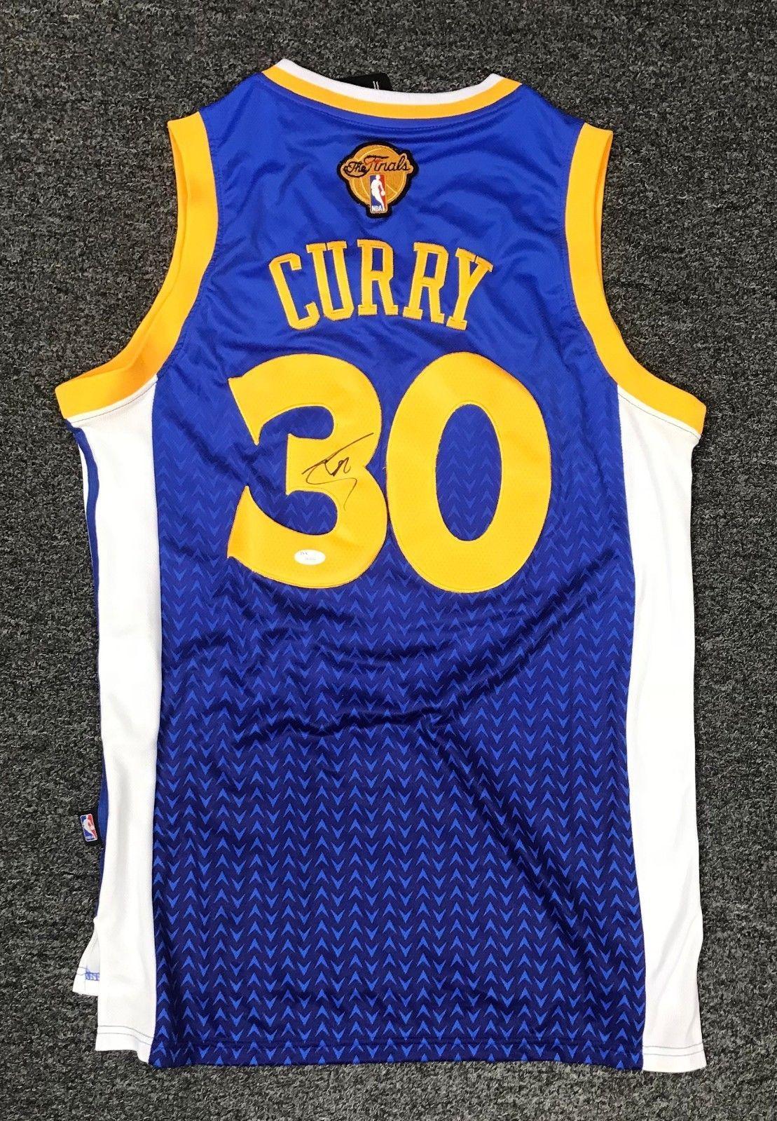 527f8b85309 Stephen Curry  30 Signed Golden State Warriors Jersey Autograph Sz M JSA  LOA  Basketball