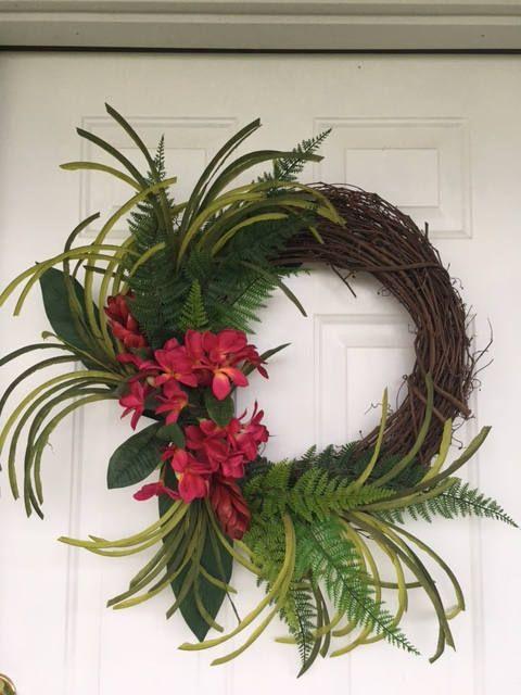foto de 30 Stunning Summer Wreaths Summer wreath Wreaths Door