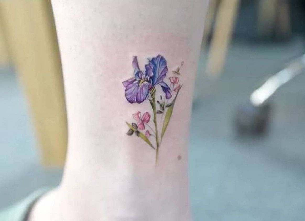 Why It Is Not The Best Time For Simple Iris Flower Tattoo Simple Iris Flower Tattoo In 2020 Iris Flower Tattoo Iris Tattoo Tattoos For Women Flowers