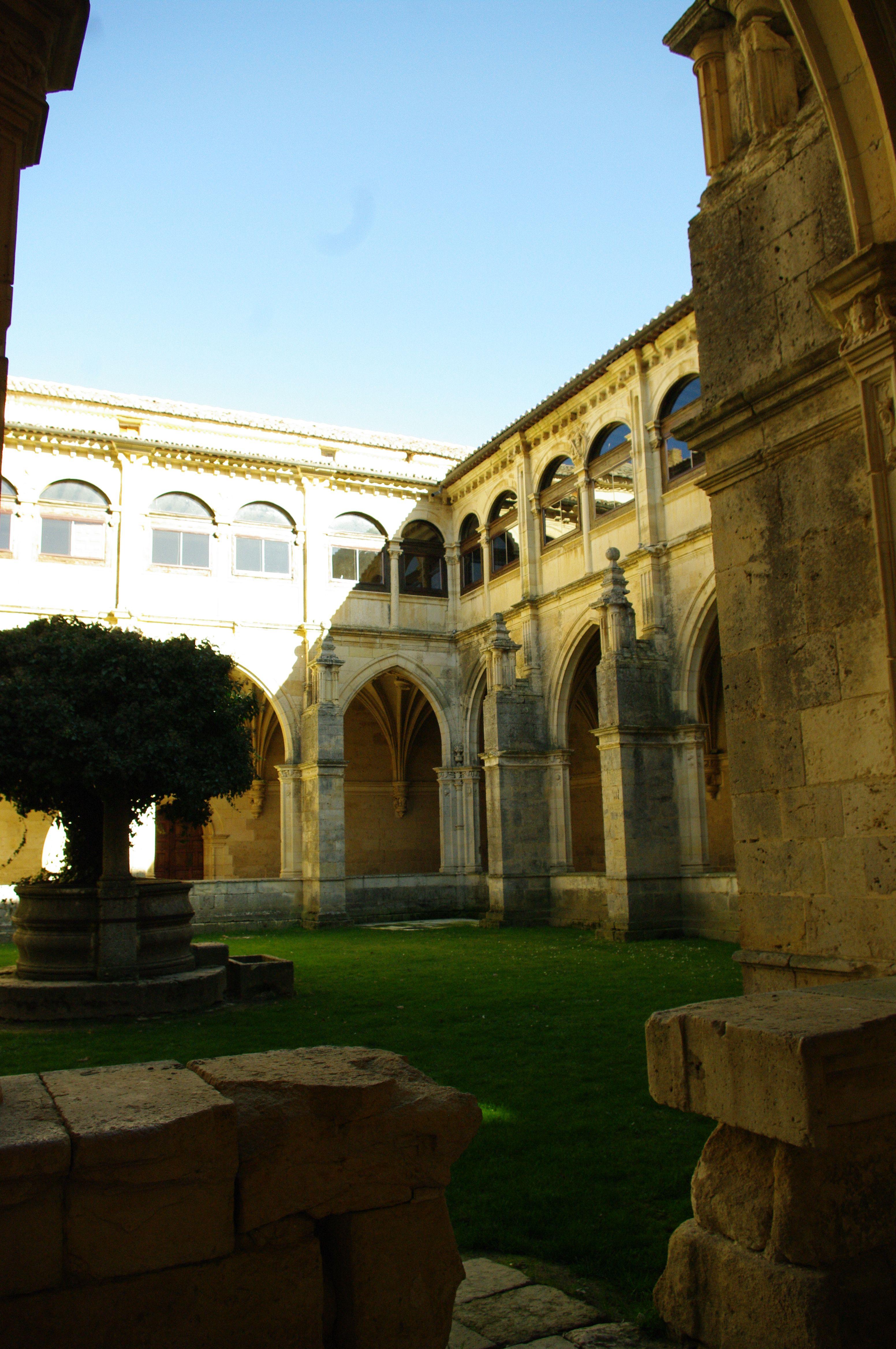Antonio Delgado Palencia Carrión De Los Condes Monasterio De San Zoilo Monasterios Viajes
