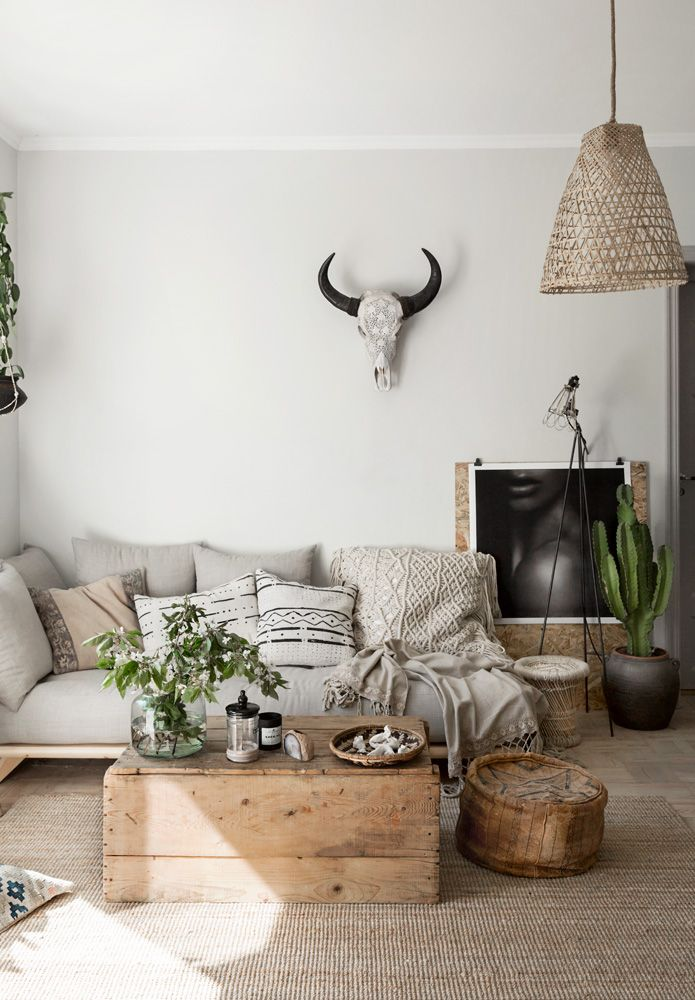 Best Living Room Inspirations A Pile Of Pillows Helps The 400 x 300