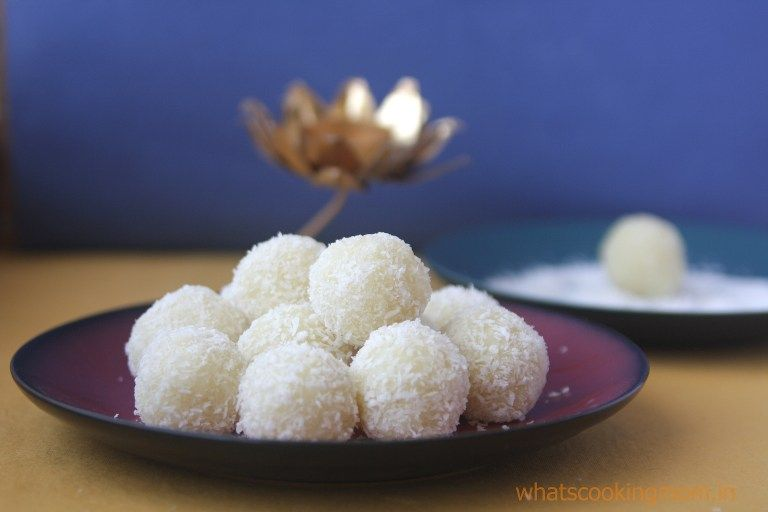 25 easy Diwali Sweets Recipes - A collection of Diwali sweets, festival sweets recipes. All these are quite easy to make and will be loved by your family. #diwalisweets #indiansweets #traditionalrecipes #diwalirecipes #festival #sweets