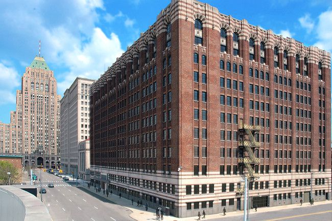 The Old Argonaut Building Has A Big Place In Detroit S History From 1936 To 1956 It Was The Home Of The General