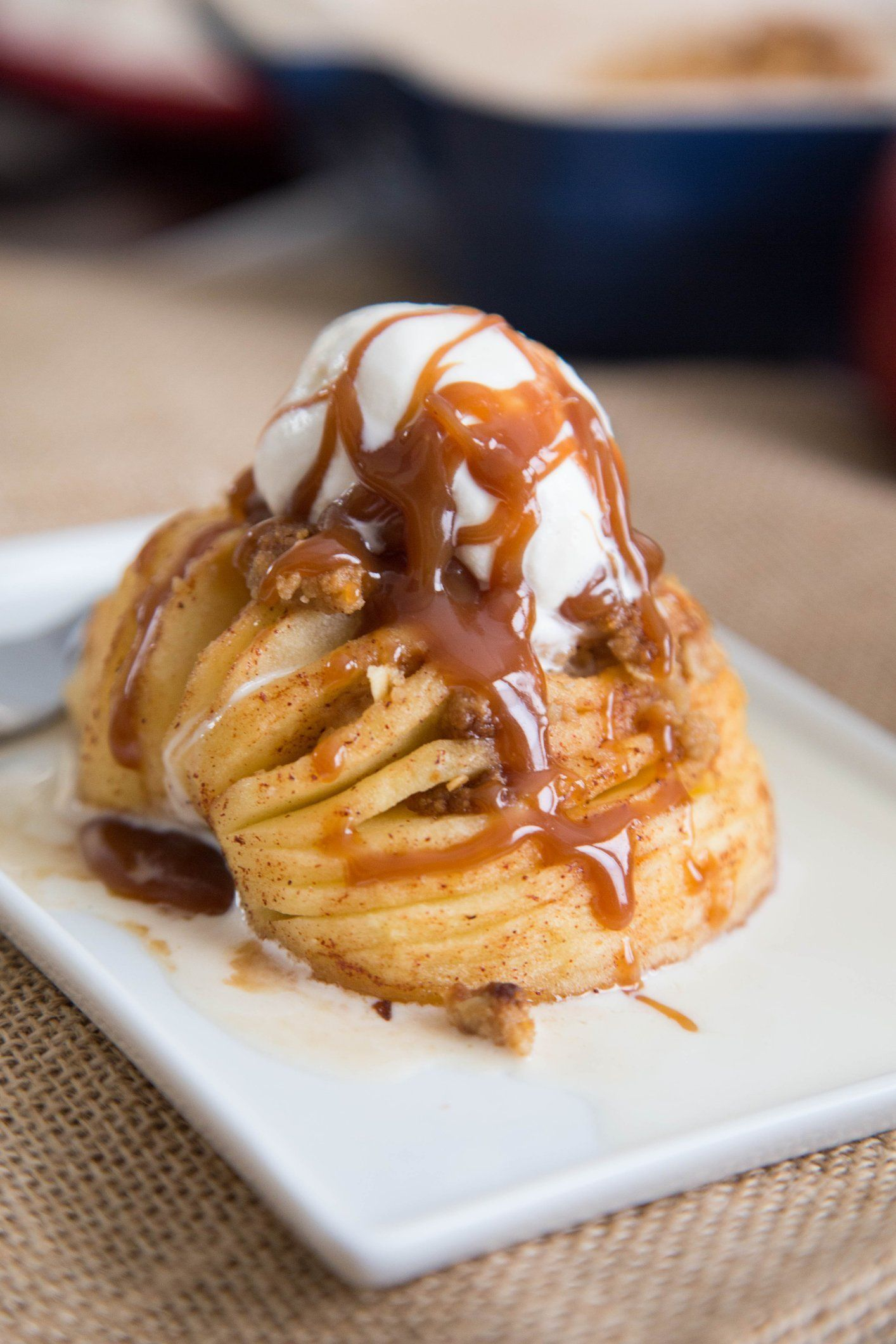 Meet Hasselback apples, the most impressive dessert you have to bake this fall…