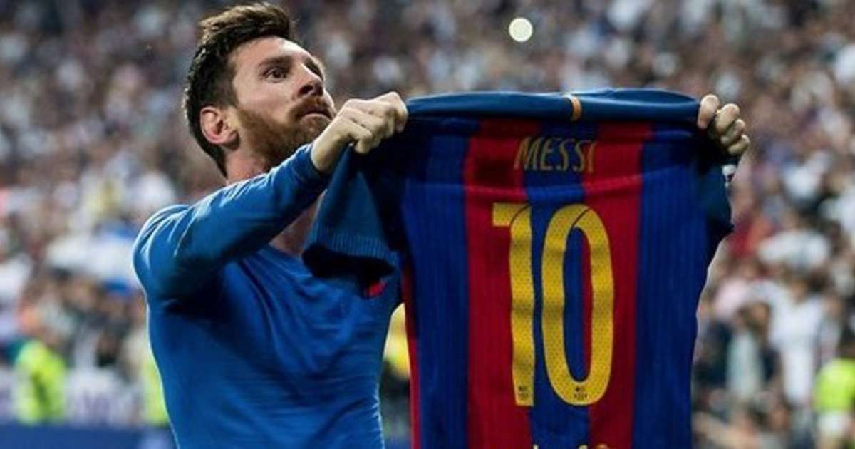 Soccer Superstar Lionel Messi Teaming Up With Cirque Du Soleil For Legacy Spectacular Lionel Messi Messi Messi Team