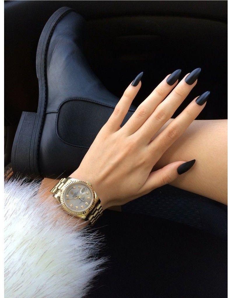 La manucure noir mat , Manucure de Halloween  26 modèles plus chics que  cheap , Elle