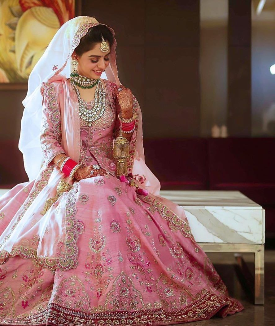 Pin de Suman Zulfiqar en Bridal & Party Wears | Pinterest