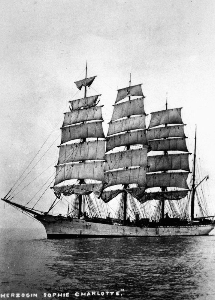Pin Von Sven Loeper Auf Sailing Ship Herzog