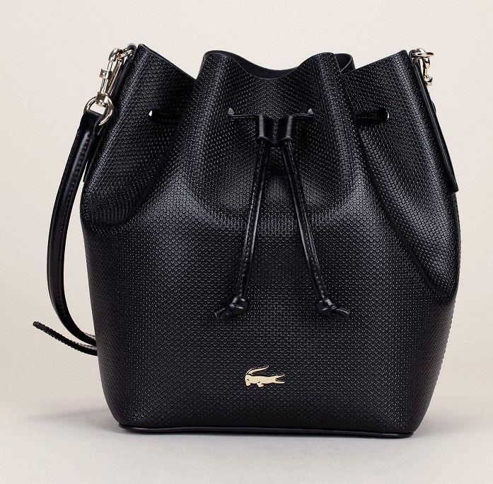 sac seau cuir textur noir logo dor lacoste sac main pinterest sac seau lacoste et seaux. Black Bedroom Furniture Sets. Home Design Ideas