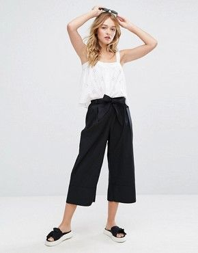 Faldas Pantalon Ver Pantalones Y Faldas A Media Pierna Asos Faldas Pantalon Pantalones De Moda Pantalones