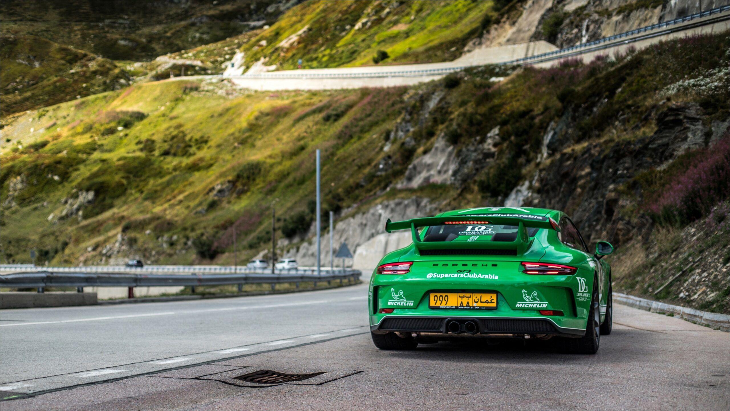 4k Race Car Wallpaper In 2020 Porsche Car Wallpapers Porsche 911 Gt3