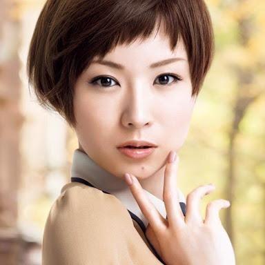 2015春夏 前髪はざくざくで ショート斜めバングの画像まとめ Curet キュレット まとめ 前髪 アシメ ショート ショートのヘアスタイル 美髪