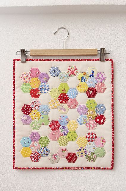 Hexagon Flower Doll Quilt