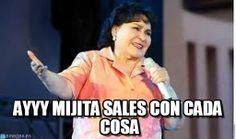 Carmen Salinas ha hecho que mi paso por Facebook sea más divertido. Destruir estados con sus memes es mi pasatiempo favorito, quedan en cualquier situación y te ayudarán a molestar a tus amigos hasta el cansancio.