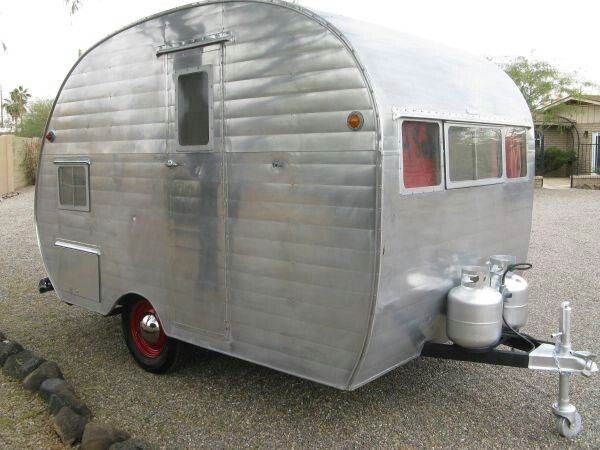 1955 Bellwood This Trailer Is 11 Feet Long From The Front To Rear If You Count The Bumper Then 12 Vintage Campers Trailers Vintage Trailers Trailers For Sale