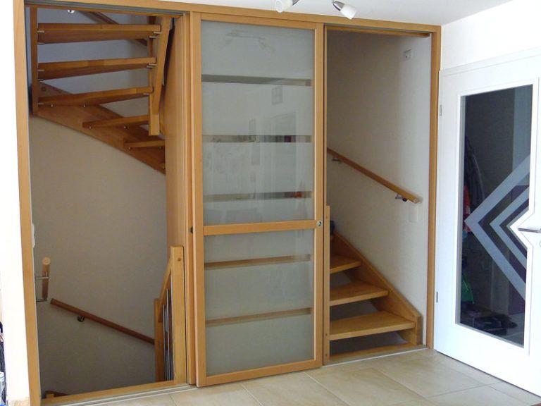Treppenhausabtrennung mit Schiebetüren