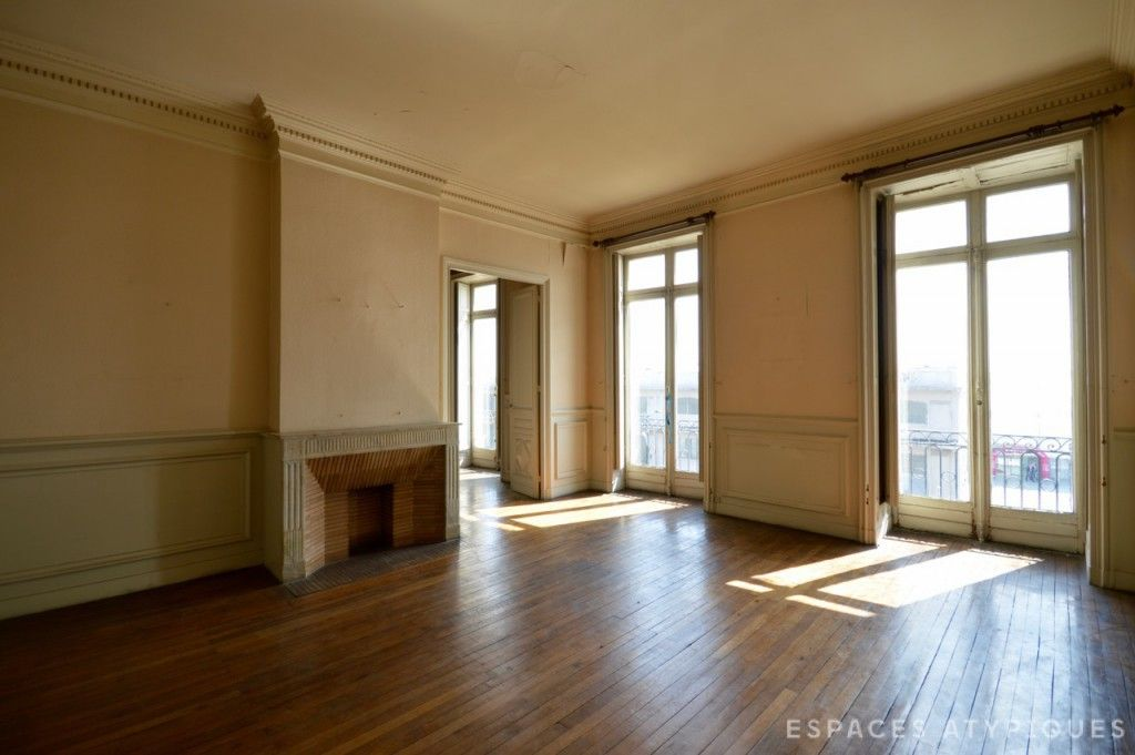 bordeaux appartement de 500m2 r nover quai des chartrons agence ea bordeaux espaces. Black Bedroom Furniture Sets. Home Design Ideas