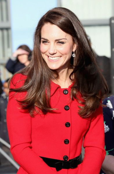 Kate Middleton Photos Photos - Catherine, Duchess of Cambridge attends the Place2Be Big Assembly With Heads Together for Children's Mental Health Week at Mitchell Brook Primary School on February 6, 2017 in London, England. - The Duke