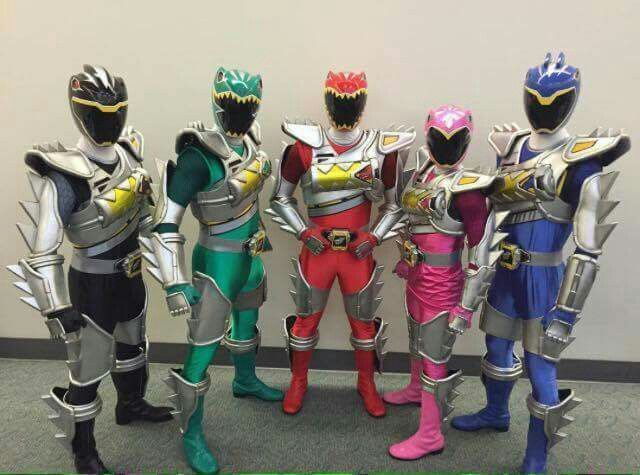 Power Rangers Dino Charge In Super Dino Drive Mode Power Rangers Dino Power Rangers Dino Charge Power Ranger Party