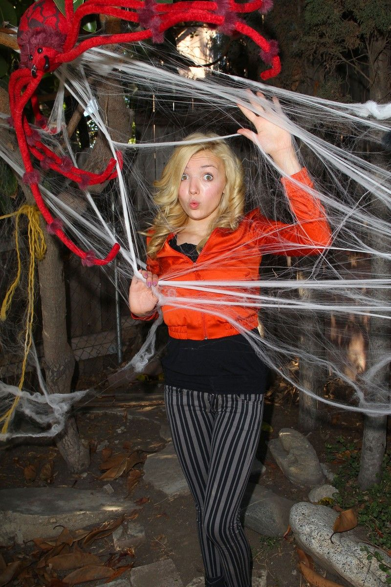 peyton list halloween photoshoot peyton list