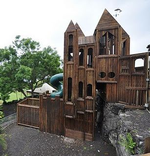 IDEA THAT LOOKS EASY TO BUILD ON A SMALLER SCALE ...