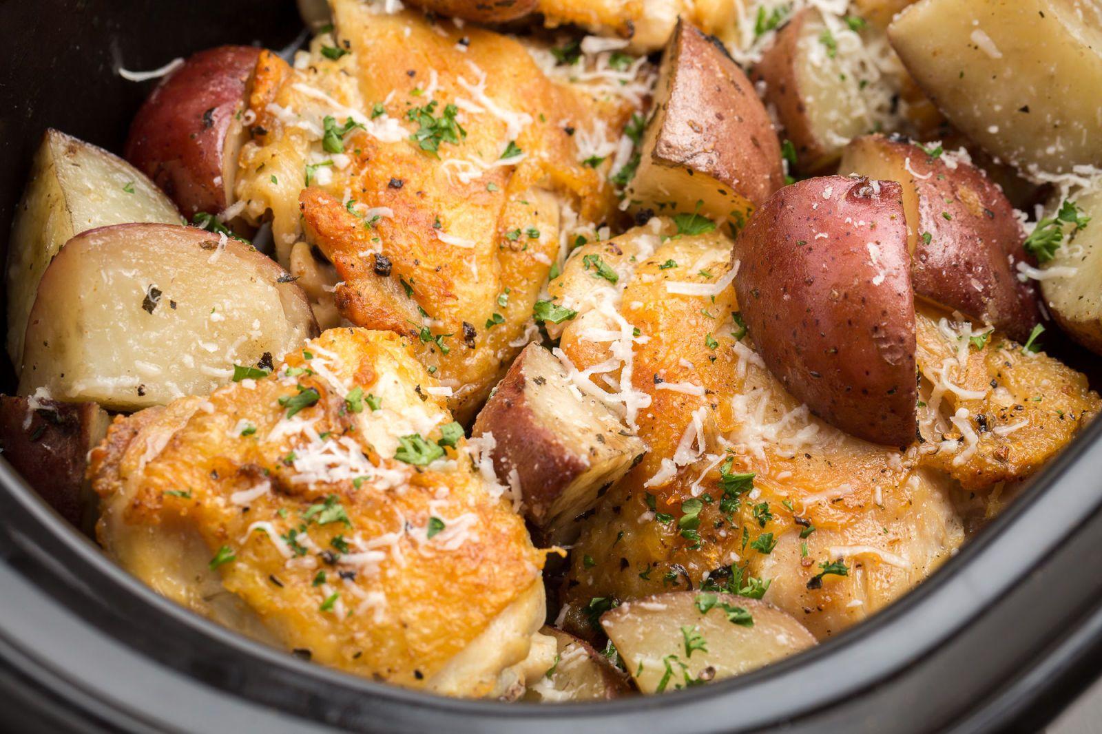 Slow Cooker Garlic Parmesan Chicken Is To Die For Recipe Chicken Slow Cooker Recipes Slow Cooker Chicken Slow Cooker Recipes