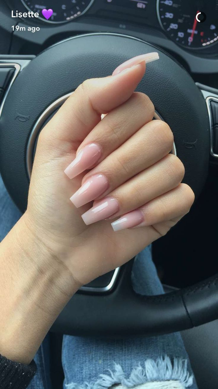 Natural Pink Coffin Nails Lisette
