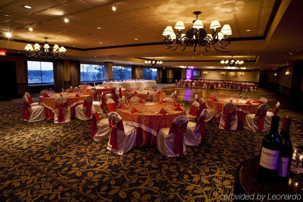 18++ Wisconsin wedding venues on the water information