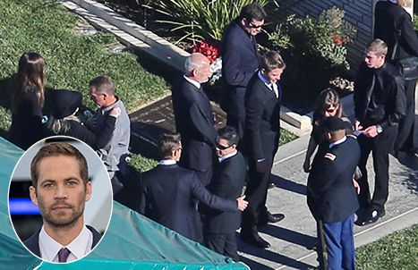 Paul Walker S Funeral Tearful Guests Say Goodbye To The Late Actor Paul Walker Funeral Cody Walker Actor Paul Walker