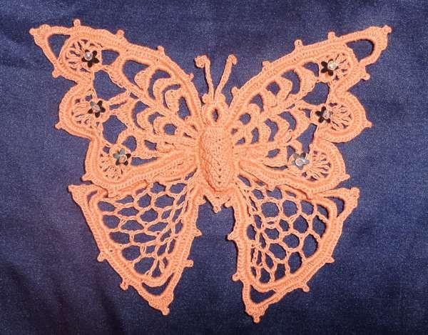 Schmetterling in irischer Häkelei. Einfach toll | Crochet ...