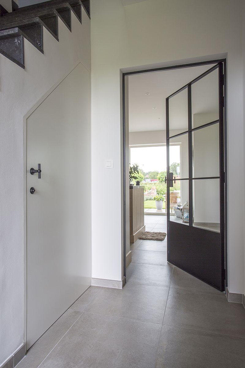 porte en fer forg avec verre et panneau en fer forg sol gris pinterest porte en fer. Black Bedroom Furniture Sets. Home Design Ideas