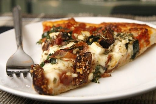 Pizza with figs, prosciutto, and fresh spinach