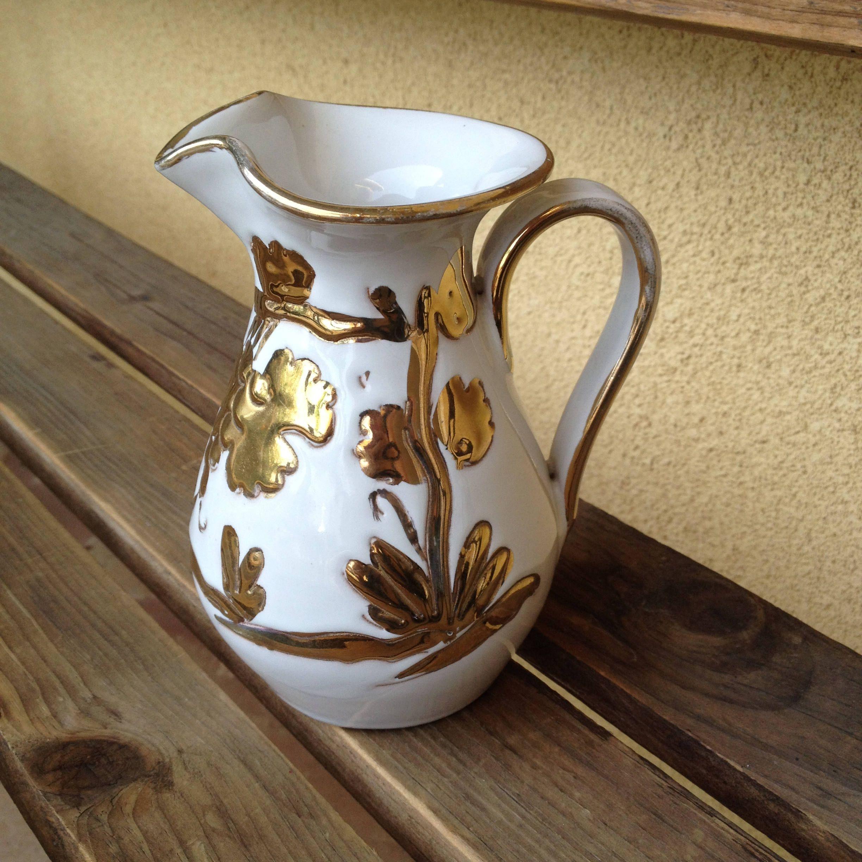 Italian pitcher italian vase gold art pottery mediterranean italian pitcher italian vase gold art pottery mediterranean vase gold vine pitcher white gold pitcher gold vine vase italian pottery reviewsmspy