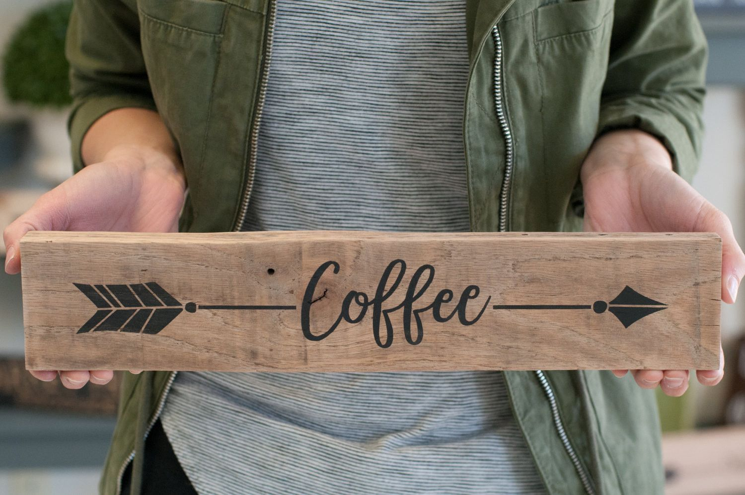 Reclaimed Wood Arrow Coffee Home Decor Sign Gift For Her Coffee Kitchen Decor Coffee Sign With Images Coffee Decor Kitchen Coffee Kitchen Home Decor Signs