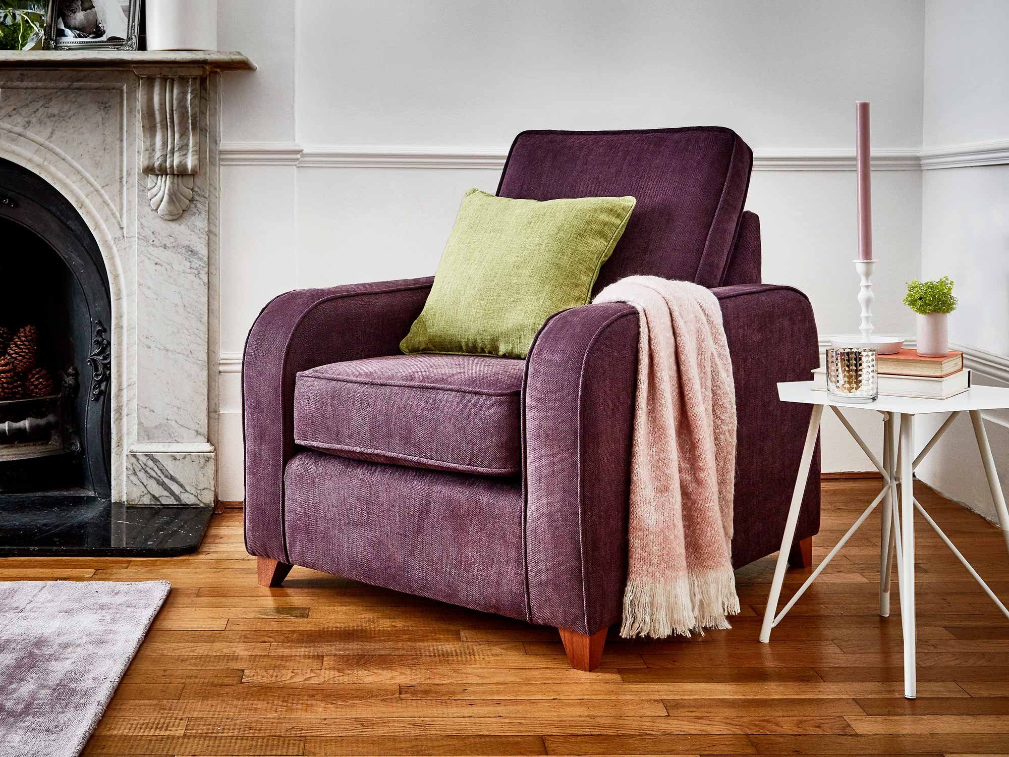 This is how I look in Linen Cotton Aubergine with reflex foam seat cushions
