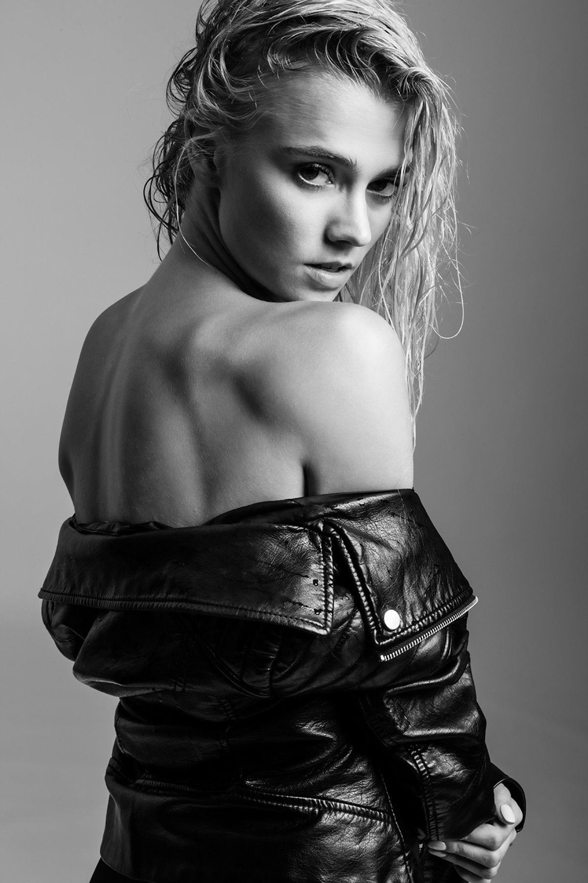 Leather jacket photoshoot - Raina Lawson Wears A Black Leather Jacket At A Jared Thomas Kocka Photoshoot