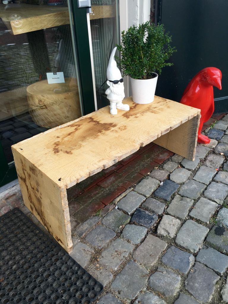 Robust garden seat of Oak wood. Available at www.creativeopen.nl  #treetrunk #tree #wood #interior #design #inspiration #CreativeOpen #creative #treetrunktable #table #bench #garden #seat #unique #handmade #furniture #oak