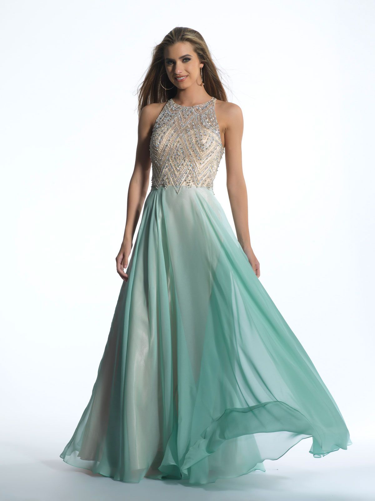 8 Ball Gowns That Will Make You Feel Like A Princess On Prom ...
