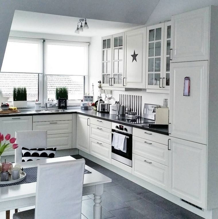 Ikea Cucine Colore Bianco Top Nero Set Tavolo Pranzo Stile