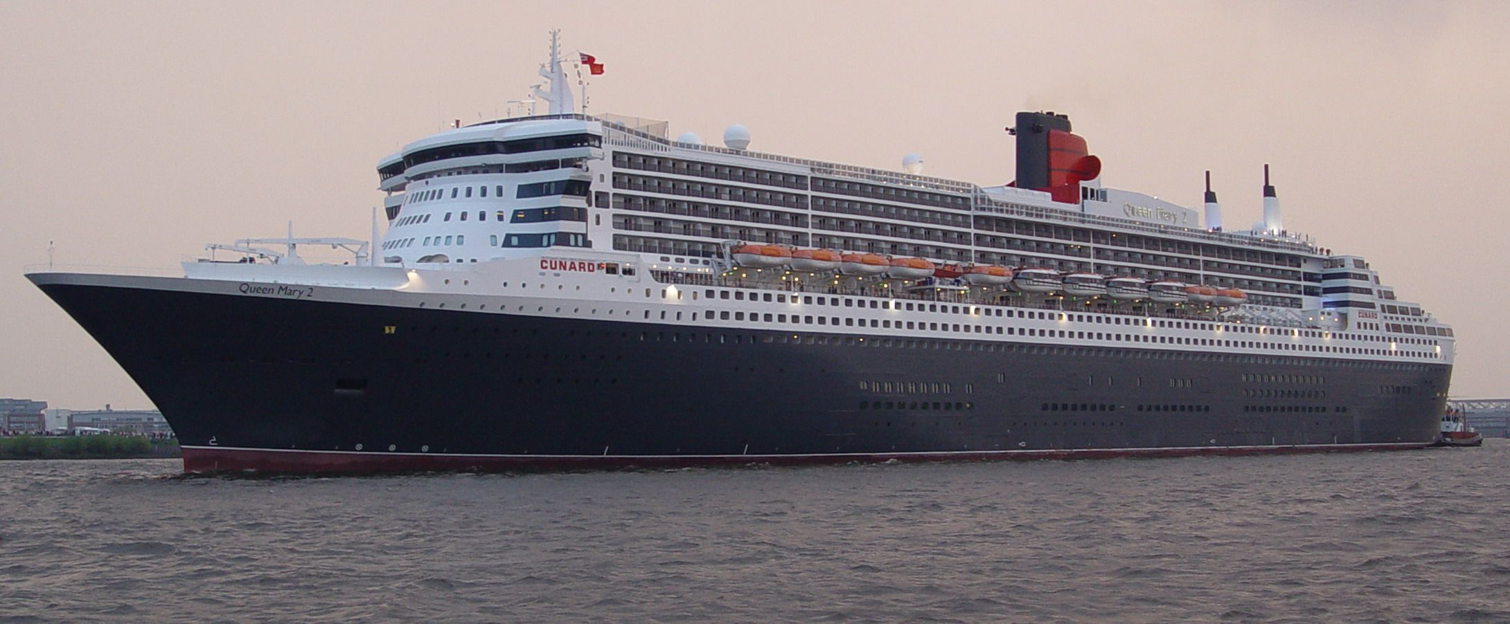 The Queen Mary Ii I Want To Go On A Cruise And I Figure This Is The Best Way To Start Both My Parents Came To Amer Cunard Line Cruise Ship
