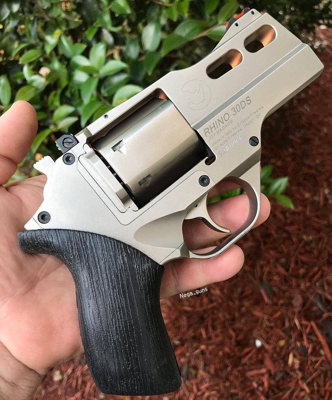 Chiappa Rhino 30DS 357magnum  CRÉDIT | Guns | Guns, 357 magnum, Hand