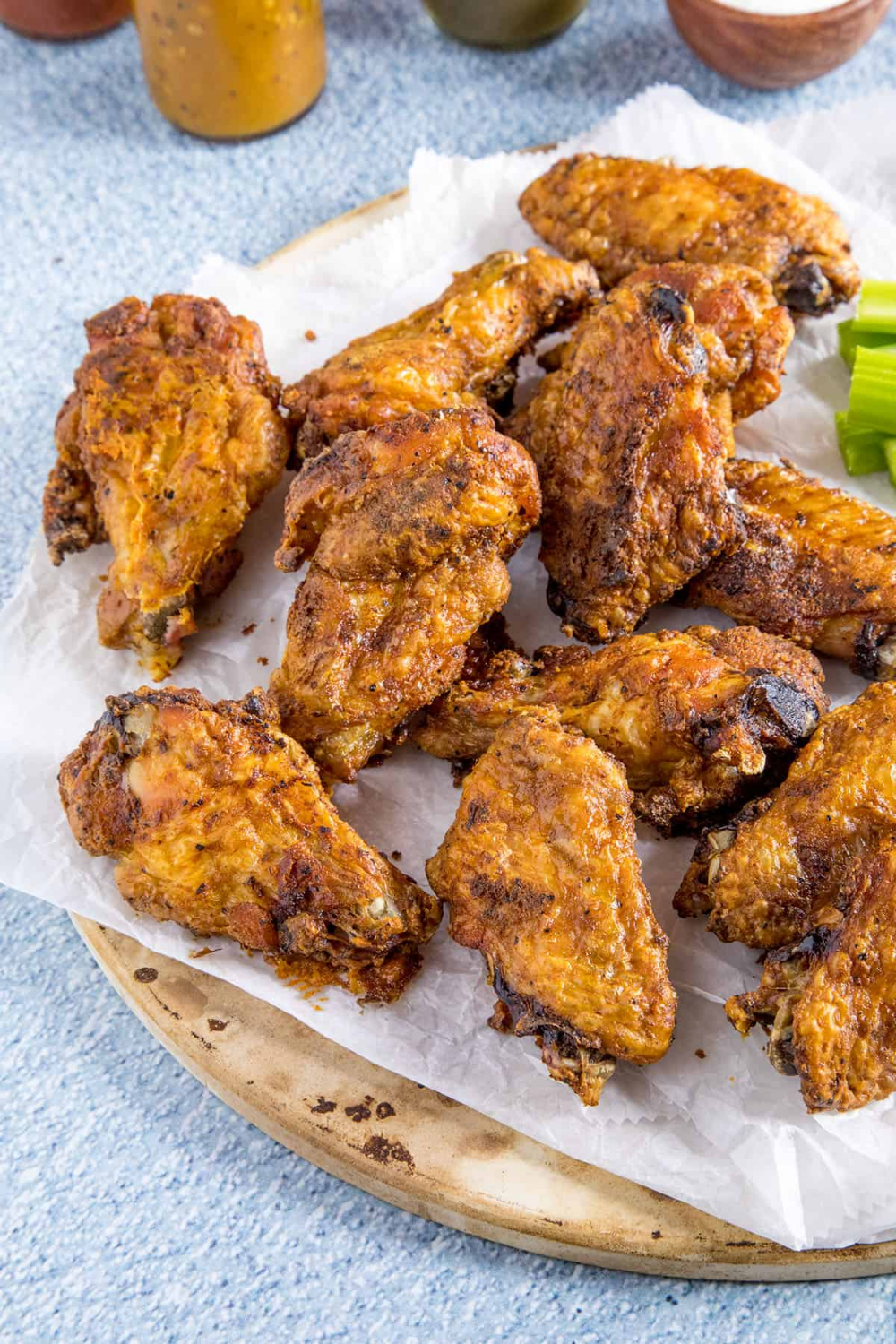 So Crispy Baked Chicken Wings Step By Step Chili Pepper Madness In 2020 Crispy Baked Chicken Baked Chicken Wings Crispy Baked Chicken Wings